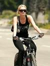37 Paris Hilton